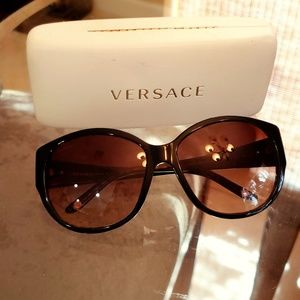 Versace cat eyes sunglasses brown with case